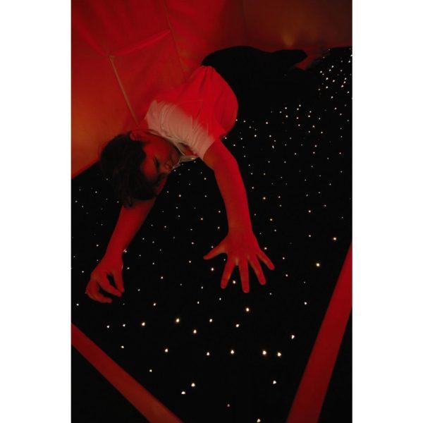 Koberec s optickými vlákny a koberec ve tvaru hvězdy